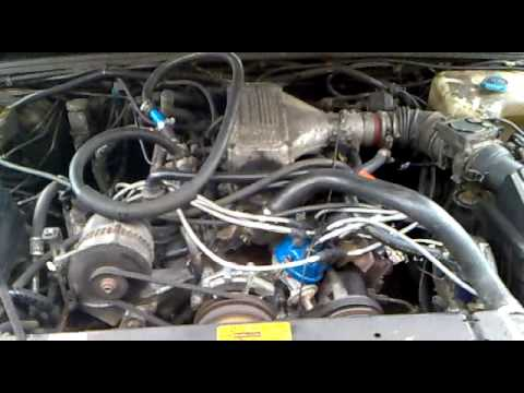 Land Rover Discovery 1 3 9 V8i Start Up After Rebuild Of