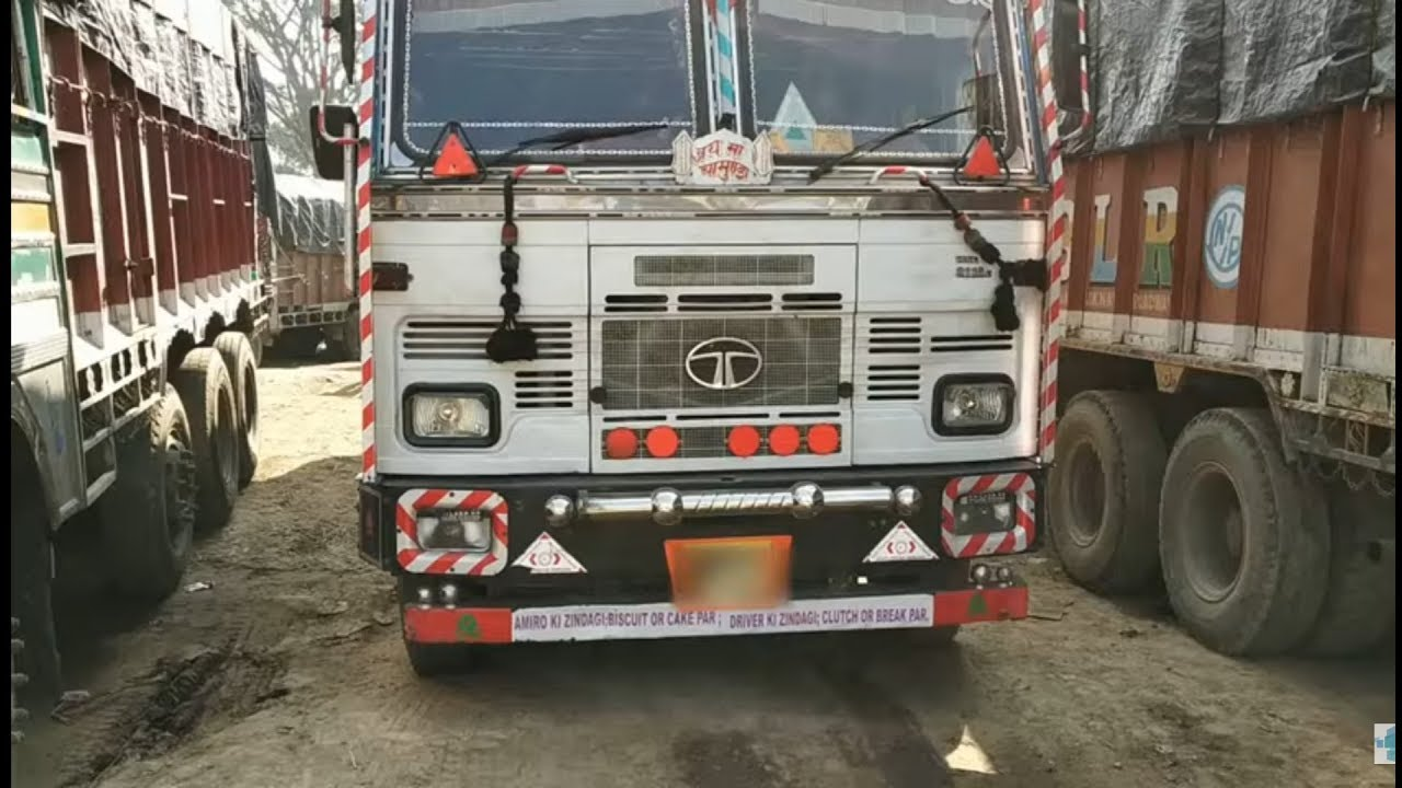 Mahindra Truck and Bus: Testimonial - Lalit Bhai by Mahindra