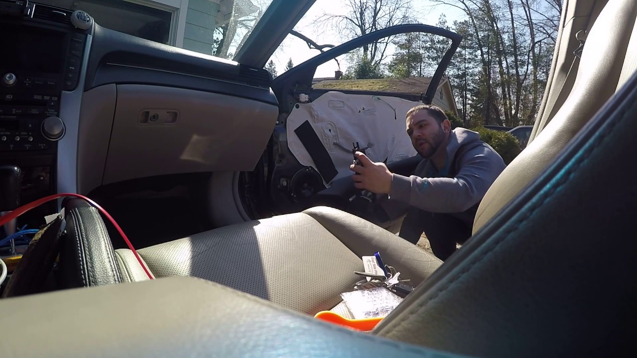Acura TL Interior Door Removal And Interior Door Handle - Acura tl 2004 interior