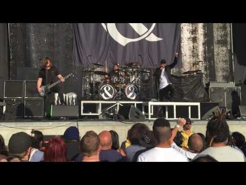 Of Mice & Men - Bones Exposed (Live at USANA Amphitheater, 08/09/16)