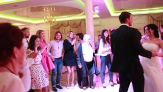 Веселые Белые Розы на свадьбе 17.04.16 Банкетный зал ресторан Арт Холл(, 2016-04-17T23:56:04.000Z)