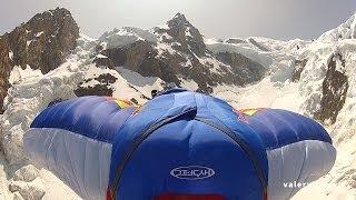 10114_Valery Rozov base jump wingsuit Pointe Durier Chamonix Mont-Blanc massif