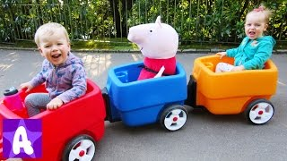Wheels on the bus go round and round  - Baby Nursery Rhymes Song by Funny Alex