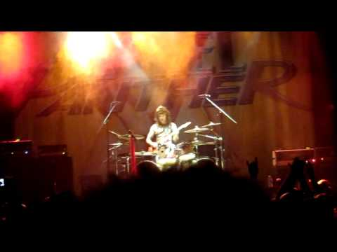 Guitar Solo #2: Steel Panther Minneapolis 07/28/2012
