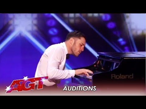 Patrizio Ratto: Italian Pianist (?) SHOCKS America With This Act | America's Got Talent 2019
