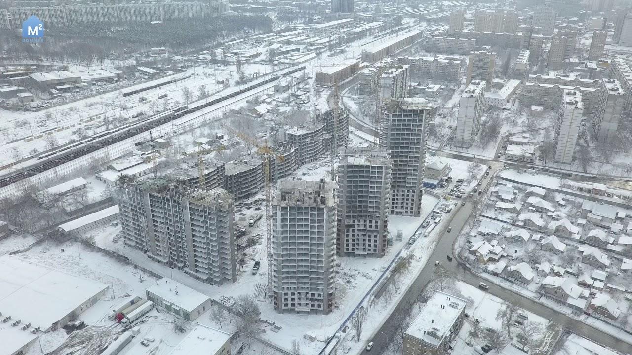 Лун. Ua (поисковик недвижимости) поможет купить дом в г. Запорожье, днепровский (ленинский) район, на вторичном рынке. Расположенный на правом берегу. Шикарный участок площадью 20 сот газоны, лужайки, спортивная.