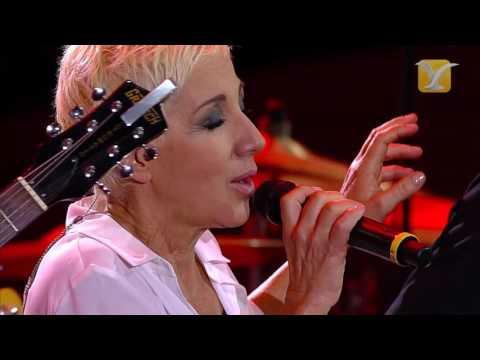 Ana Torroja   Un año mas   Festival de Viña del Mar  2015 FULL HD