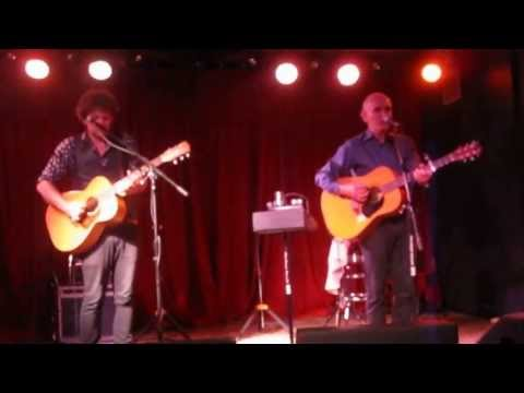 Paul Kelly with Dan Kelly - The Foggy Fields of France
