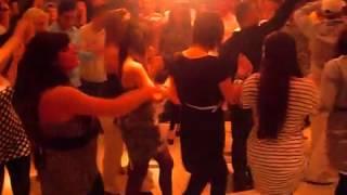 Kurvat Shqiptare Berlin Që e Marin Karin ne goj Në Toilette [Kurva Të Mshefta] Gjakin Jav Qifsha