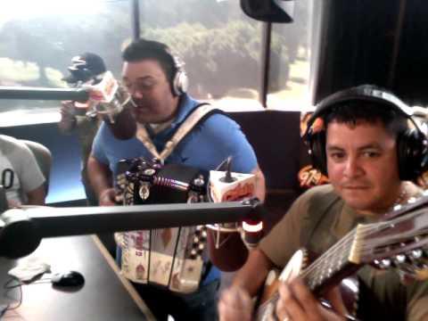 Entrevista con Intocable  El Chulo de La Manana