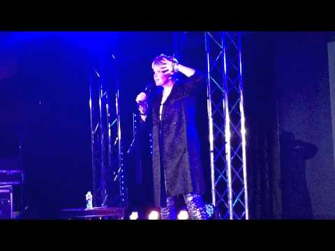 Hazell Dean - Who's Leaving Who. Butlins 1-2-2015