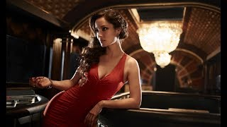 BOND GIRLS : I Belong To You Mr. Bond... James Bond
