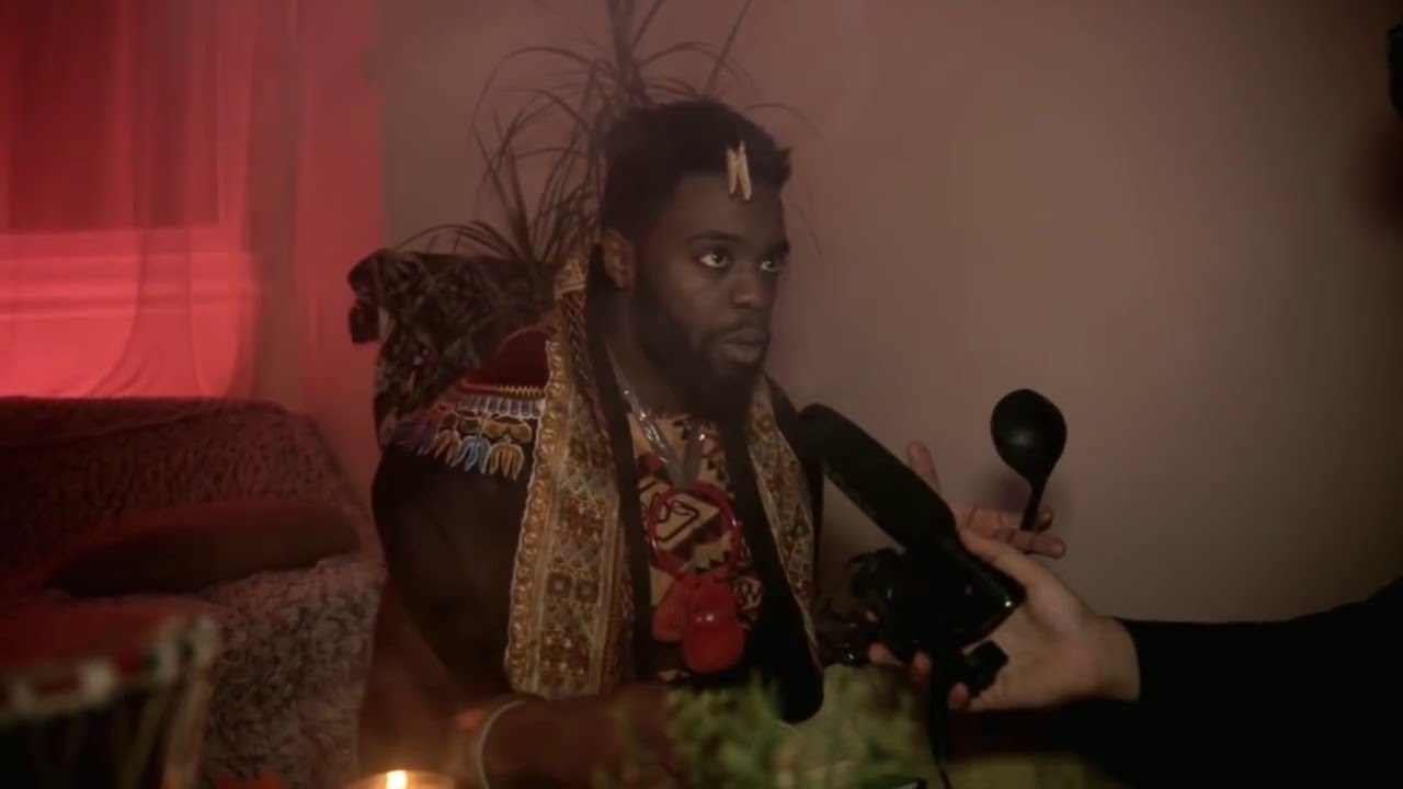 """#AfricanGeek – Episode 6 """"Le marabout connecté"""" (Web-série)"""