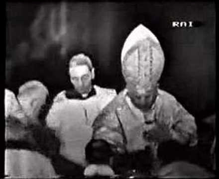 Papal Coronation 17 -Offertory 2