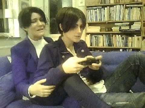 Play It Right Jaeger Cim And Eva As Eren And Levi Youtube