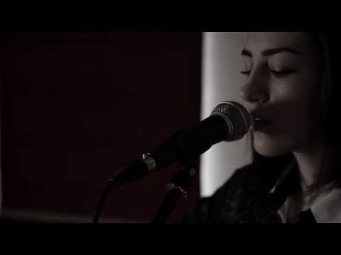 Of Monsters and Men - Little Talks (Hannah Trigwell acoustic cover)