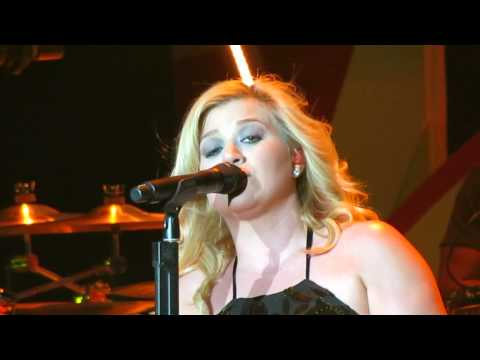 Kelly Clarkson   Already Gone  Scentsy Family Reunion 2013