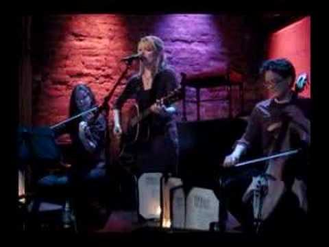 """Flashlight"" - Michal the Girl, Rockwood Music Hall, 5/6/08"