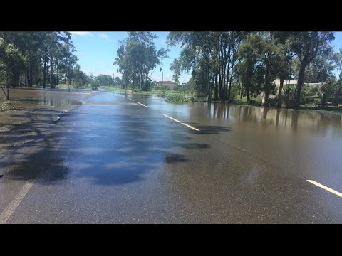 BRISBANE FLOOD WATERS/CLOSED ROADS Ex-Cyclone Debbie