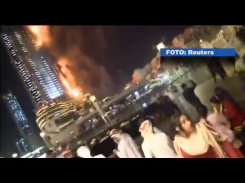 Kraftig brand på lyxhotell i Dubai
