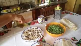 Моя Италия. Готовим с Инной. Салат из грибов с руколой и пармиджано.
