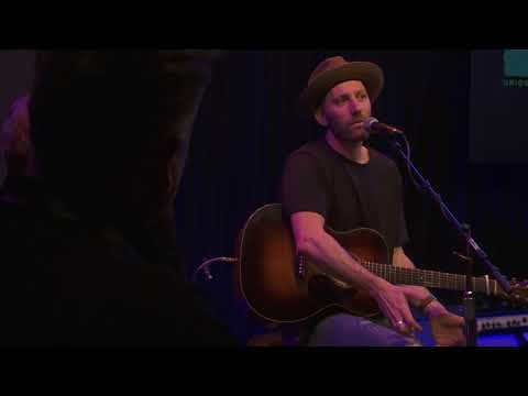 Mat Kearney - Interview (101.9 KINK)
