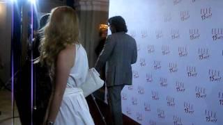 Андрей Малахов держит за ручку свою невесту