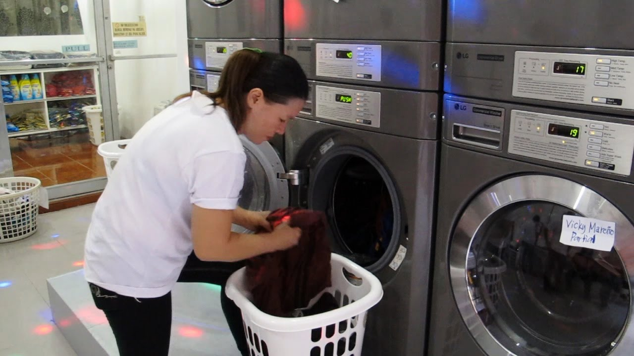 Washing machine and dryer lg coin operated self service youtube washing machine and dryer lg coin operated self service solutioingenieria Choice Image