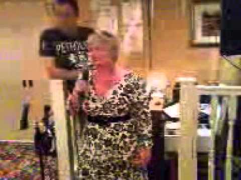 ANNE SINGS KARAOKE NEW INN STAINFORTH DONCASTER YORKSHIRE UK