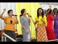 """Wimbo wa """"Nina Baba Yangu Asiyeshindwa Kamwe"""" wawakonga waumini"""