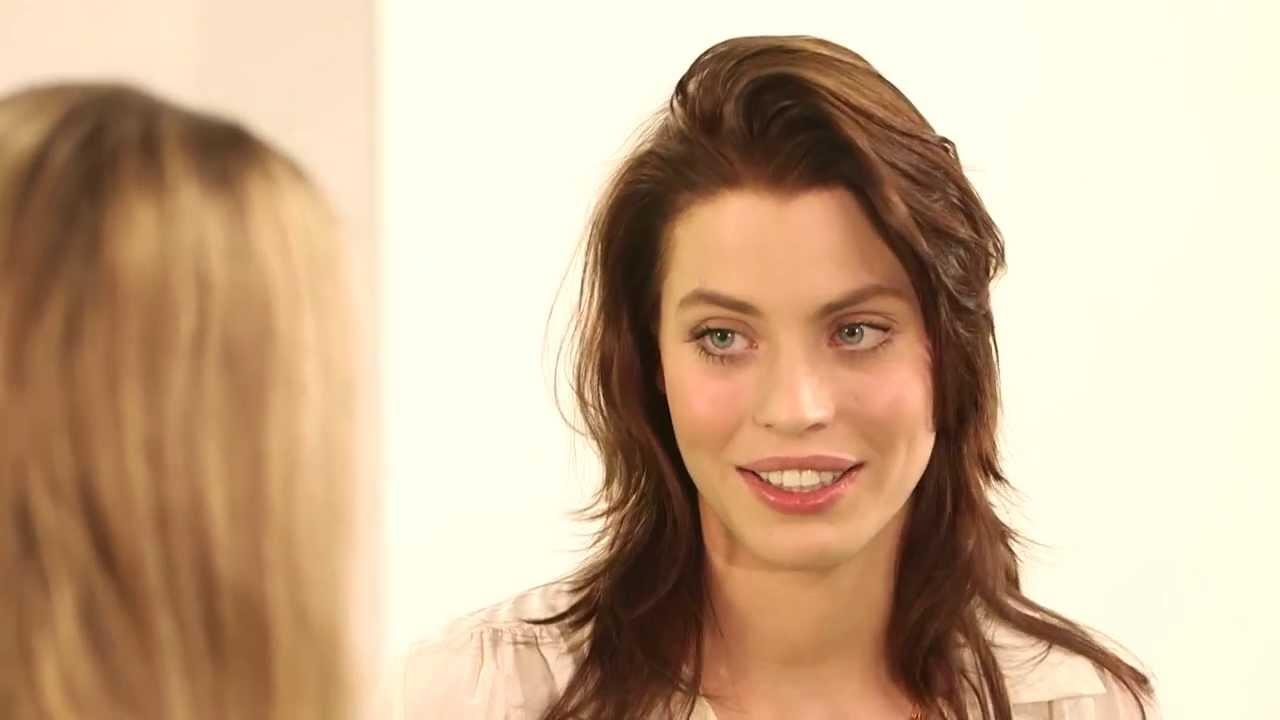 BUNTE TV - Topmodel Talk mit Sarah-Anessa Hitzschke