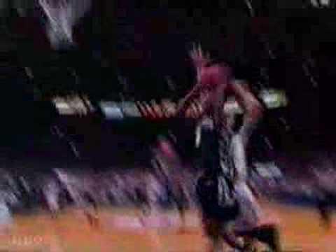 Allen Iverson (Georgetown) vs Ray Allen (Connecticut) 1995
