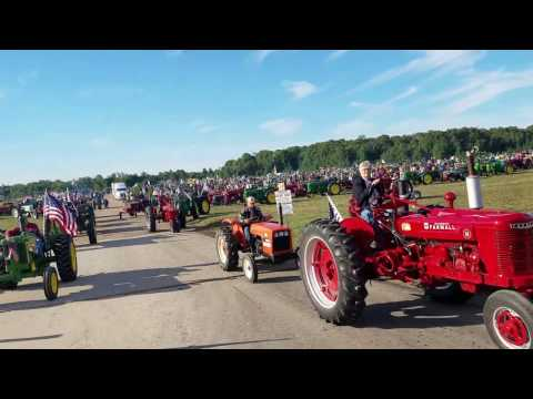 Owosso Tractor Parts Mackinac Bridge Antique Tractor Crossing 2016 V1