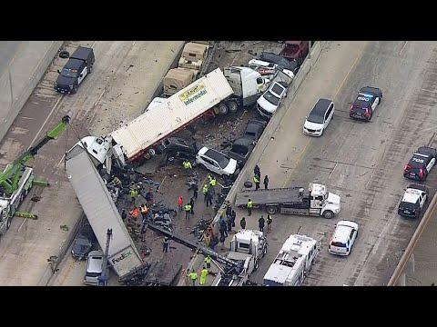 130-vehicle pileup on Texas highway kills at least six