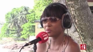 Arielle T répond à Claudy Siar - Couleurs Tropicales