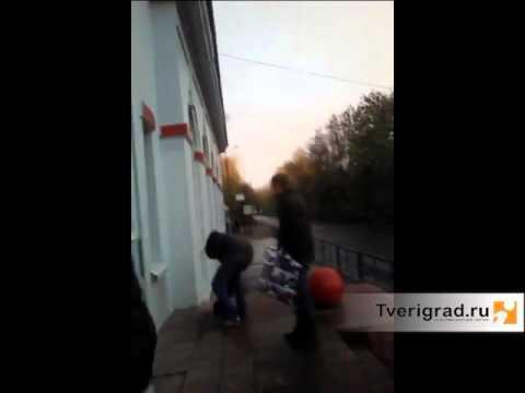 Издевательства над мужчинами мужчинами видео фото 697-255
