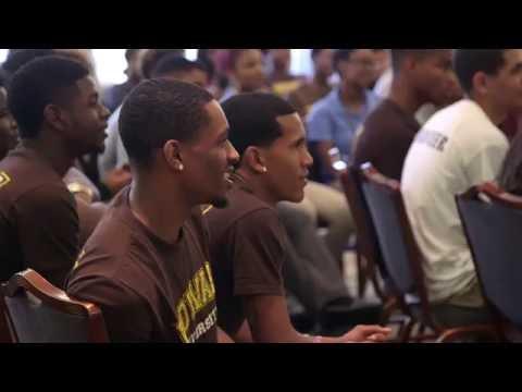 U.S. Sen. Cory Booker challenges incoming Rowan University students