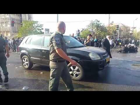 עימותים בהפגנות החרדים. צילום: ישראל כהן כיכר השבת