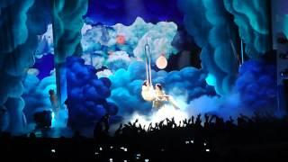 Wide Awake - Katy Perry Performing Live @ Billboard Music Awards