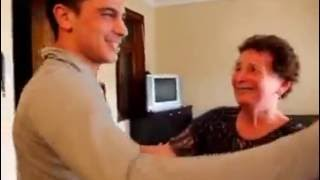 ბებია ბაბუას შეხვედრა შვილიშვილთან 9 წლის შემდეგ