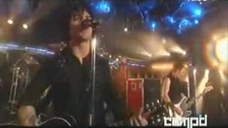 Green Day - Give Me Novacaine (LIVE - HQ)
