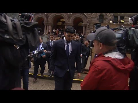 Ex-Jays pitcher Osuna leaves court after agreeing to peace bond