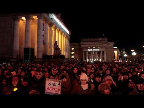 Polacos choram a morte do presidente da Câmara de Gdansk