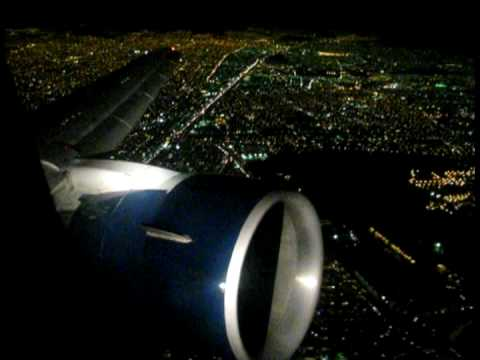 Aeromexico 767 taking off at night