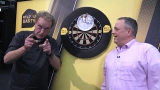 Jacques en Koert willen graag een logo voor Darts Inside, alleen de...
