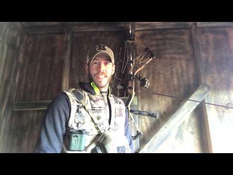 Brett Shoots A BIG Kansas Buck