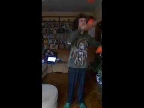 Жонглирование тыльной стороной ладони (juggling by back of the hand)