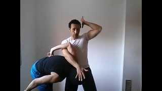 Defensa para todos: Técnica contra agarre frontal.