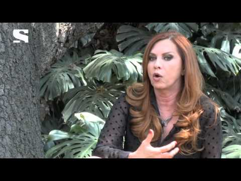 Glenda Reyna habla de la vida difícil de las modelos.
