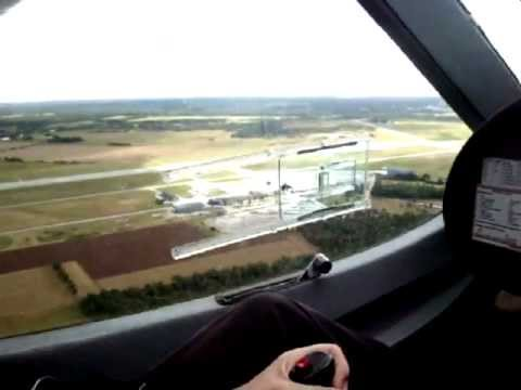 Calle lands at Visby airport with the club's Flight Design CT2SW